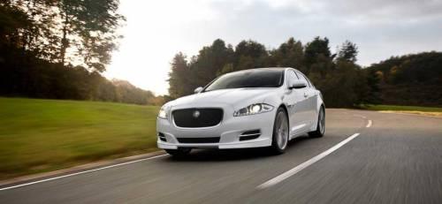 Jaguar делает ставку на полный привод вместо гибридов