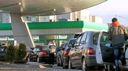 В Беларуси бензин в марте может подорожать на 5%