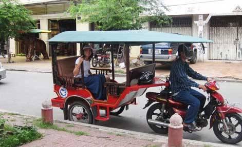 Тук-тук на улицах Пномпеня