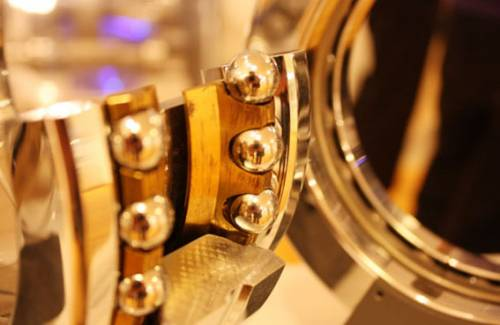 Промышленные подшипники диаметром полтора метра