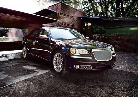 Chrysler представила топовую модификацию седана 300C